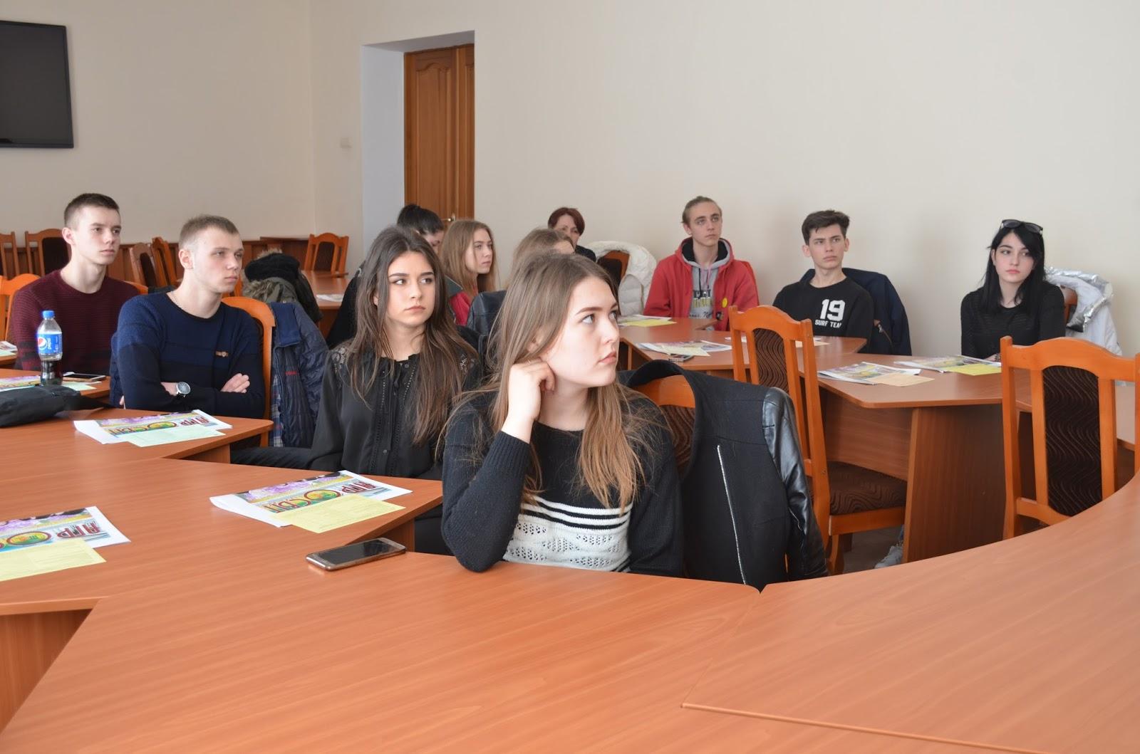 Випускники шкіл Первомайського району