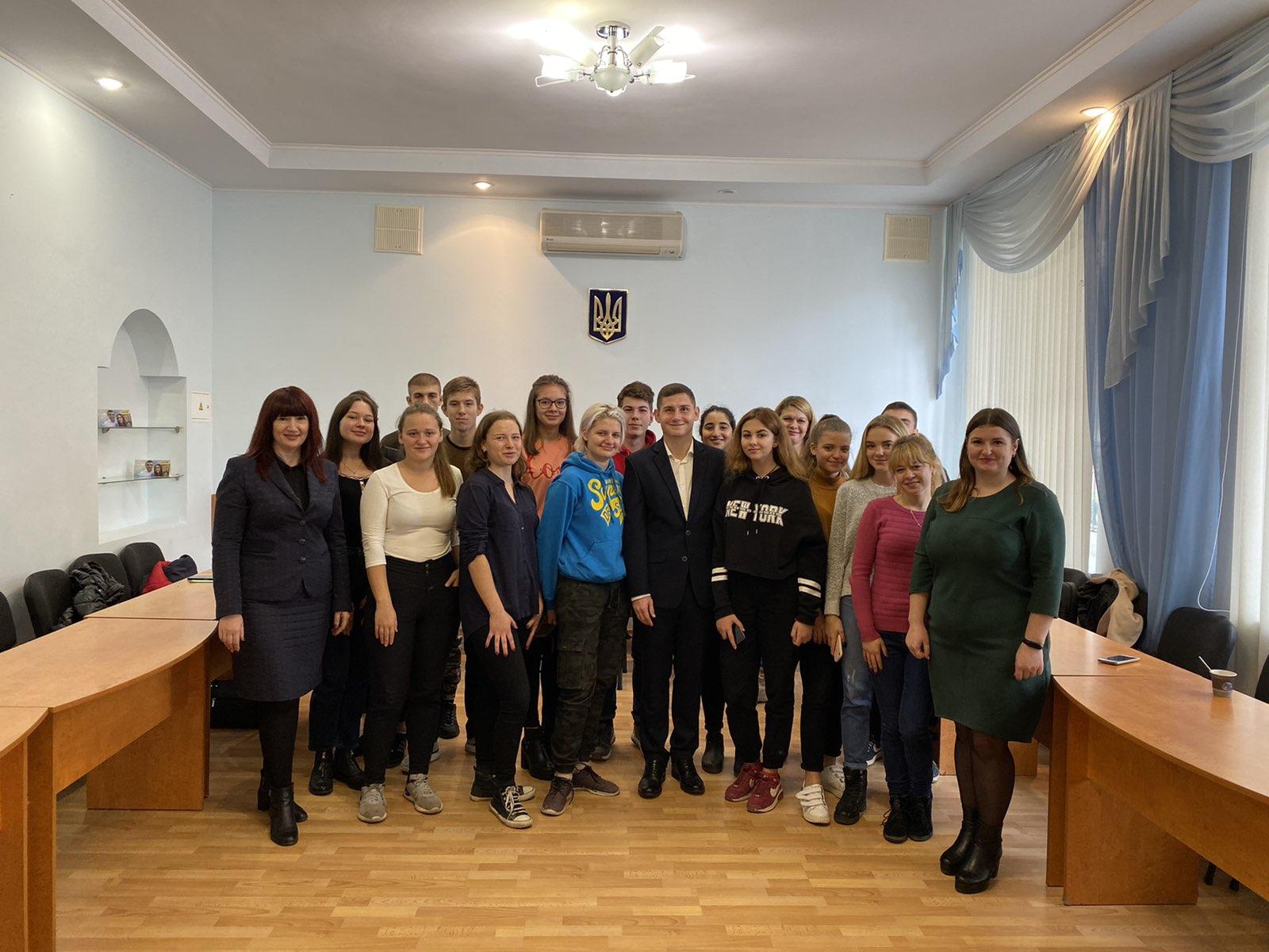 Обліково-фінансовий факультет зустрічає школярів